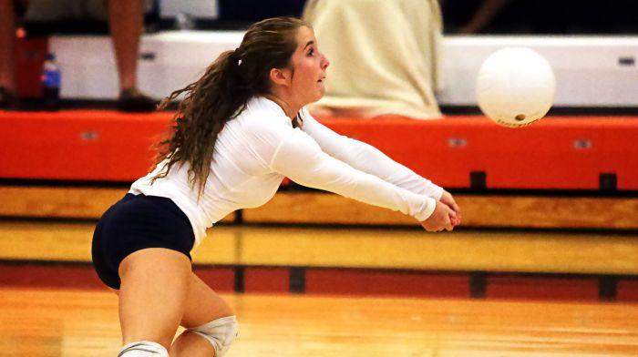 Kacee Nelson makes another great save to keep the volley alive versus Sarasota on Thursday (Sun Photo by Tim Kern)
